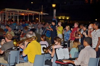 Xlendi seafront comes alive to the music of the Celebrant Singers