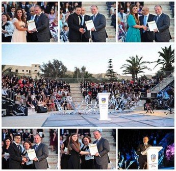 Prime Minister presents graduation certificates to Gozo Sixth Form