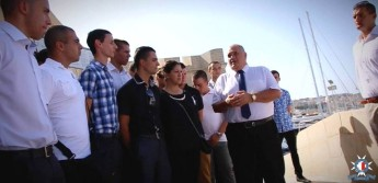 Police Commissioner Michael Cassar visits new recruits during training