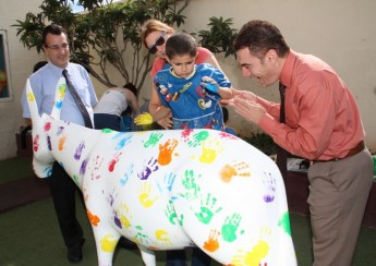 Victoria Primary students paint a Mediterranean Peace Donkey