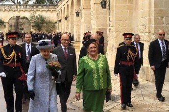 President welcomes HM The Queen at San Anton Palace
