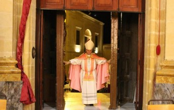 Bishop Grech opens the Jubilee of Mercy in the Diocese of Gozo