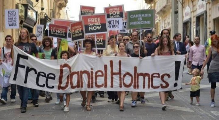 Daniel Holmes's mother appeals for his release on humanitarian grounds