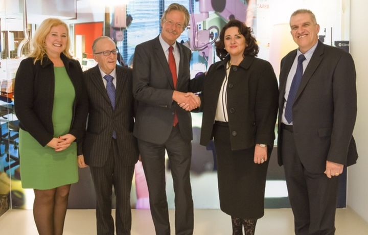 Minister Helena Dalli visits the Netherlands Forensic Institute
