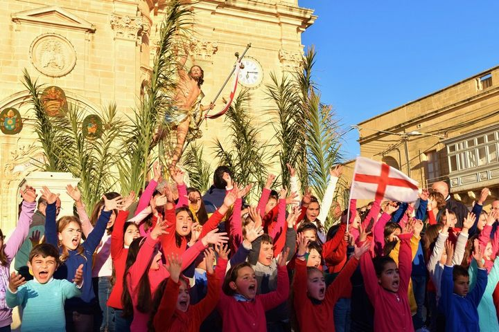 Easter in Gozo - The Easter vigil and celebration of the Risen Christ
