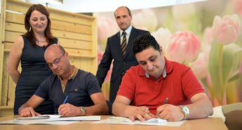 Government signs agreement with Puttinu to assist families abroad