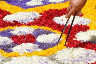 Infiorata: Carpet of flowers for Gharb feast this Sunday
