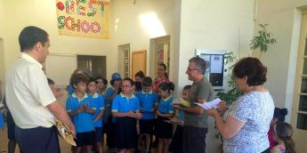 San Lawrenz primary students rewarded for walking to school