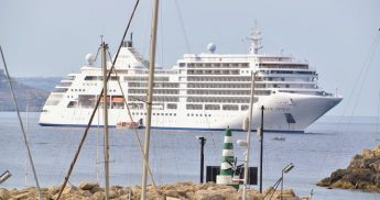 Cruise ships Silver Spirit and Wind Surf call at Gozo on Sunday