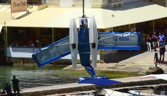 Ditched light aircraft recovered from the sea at Xlendi Bay - Video