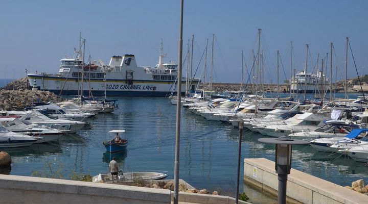 More people and cars travelling to Gozo, particularly in March