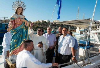 Blessing and pilgrimage for Our Lady of Comino statue