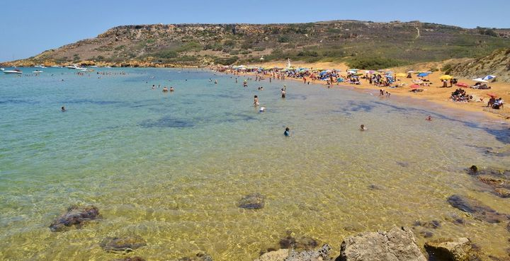 98.9% of beaches in Gozo and Malta with high quality water