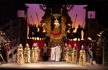 Students' Ticket Scheme launched for Aida at the Astra Theatre