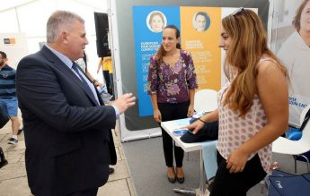 Gozo Minister discusses fibre optic cable & fast ferry service with students