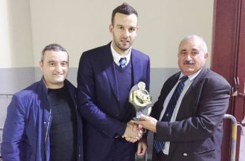 Gozitan Inter Supporters Club honours goalkeeper Samir Handanovic