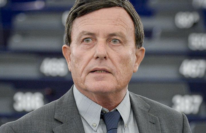 Alfred Sant against Malta joining European Defence & Security Policy
