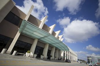 Over 347,000 passenger movements at MIA in November, up 22.4%