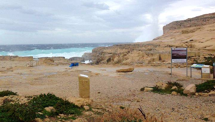 Malta's iconic tourist attraction Azure Window collapses