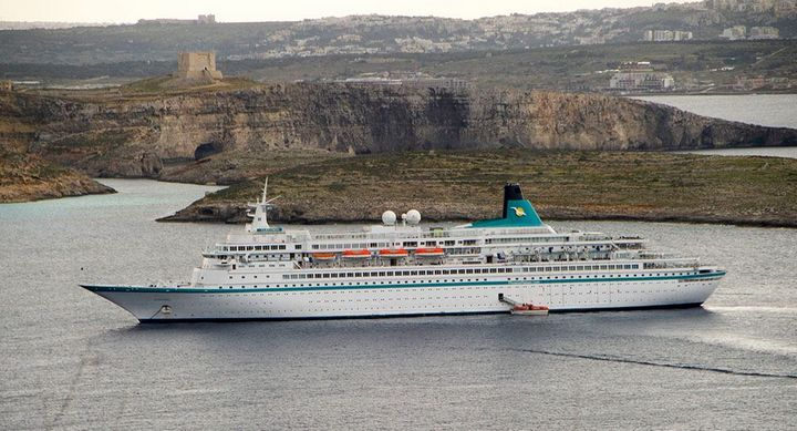 MS Albatros brings 800 cruise passengers for day visit on Gozo
