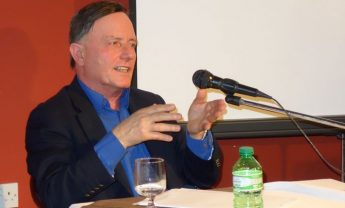 Alfred Sant discusses the European Identity during Gozo talk