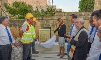 Justyne Caruana inaugurates foundation stone for Gharb night shelter