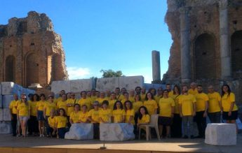 Gaulitanus Choir participates in La Boheme at Taormina Festival