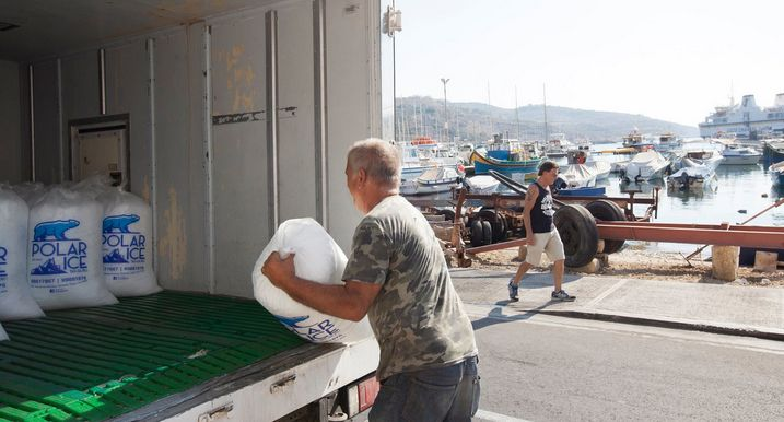 Gozitan fishermen get truckload of ice to help with shortage