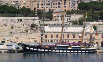 Italian navy sailing training ship in Valletta, public invited to visit
