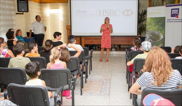 HSBC Catch the Drop Gozo SkolaSajf summer activity