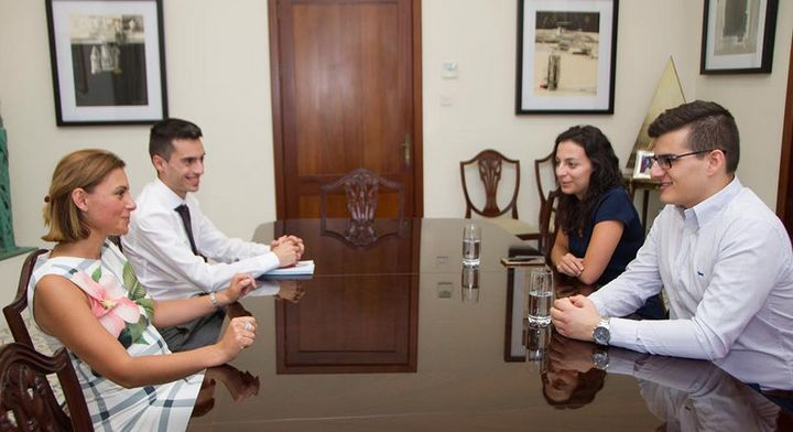 Gozo Minister meets with representatives from Front Favur il-Mina