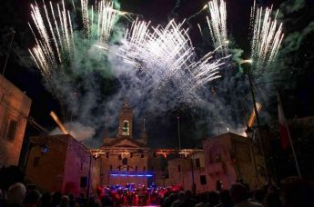 Santa Lucija hosts spectacular evening of music, lights and fireworks
