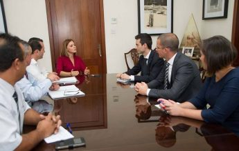 Gozo Minister discusses public transport issues on Gozo and Malta