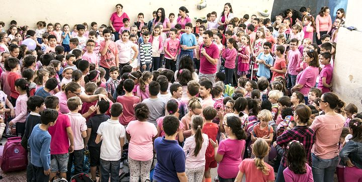 Young students take part in Pink October Day at GC Victoria Primary