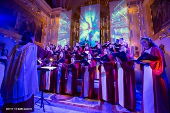 Enjoy an evening of Carols by Candlelight and dinner in Gozo