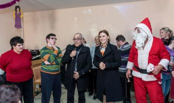 NahsebFik gifts distributed at the Santa Marta Day Centre