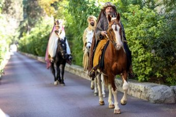 The Three Kings arrive in Malta and visit San Anton Palace