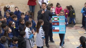 Victoria Primary School commemorates Holocausts Memorial Day