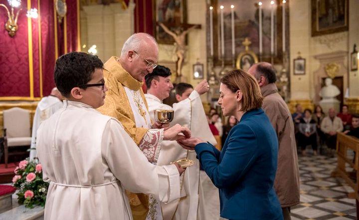 Archbishop Mons Alfred Xuereb celebrates Mass in Fontana