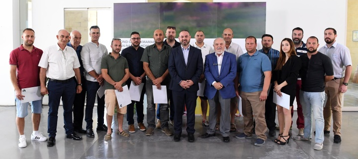 €5,000 each to 27 fireworks factories to improve safety practices