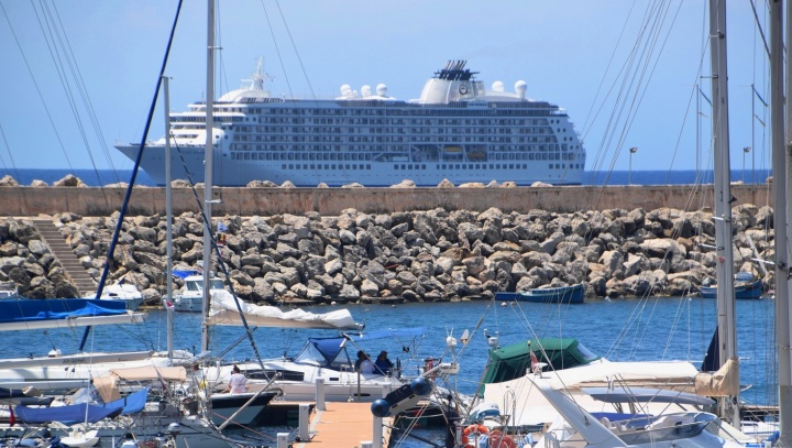 Number of cruise passengers visiting Gozo up slightly in second quarter
