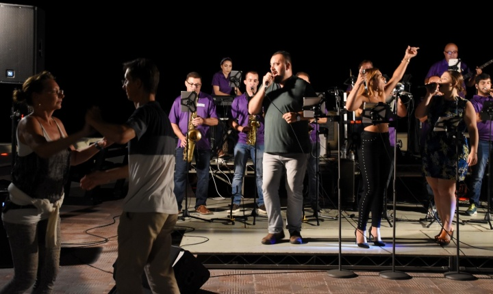 DCapitals entertain the crowd in last of summer's Marsalforn Mondays