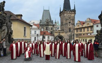 Schola Cantorum Jubilate enjoys successful tour to the Czech Republic