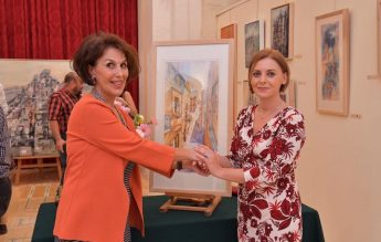Light and Mood - Galina Troizky's exhibition opens at the Gozo Ministry
