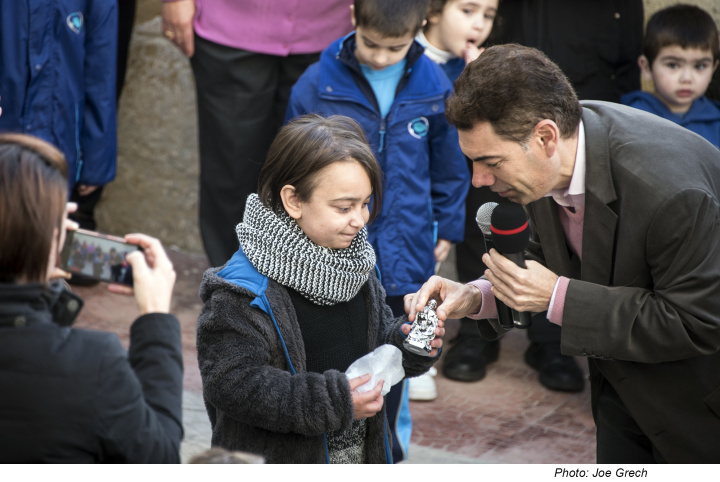 Katriel Zahra visits students at Gozo College Victoria Primary