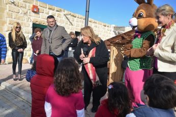 President receives village donations as part of l-Istrina Gozo 2018