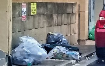Garbage bags make pavement inaccessible in Ghajn Street - Anthony Zammit