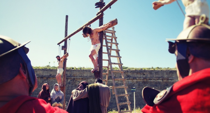 """Traditional and modern """"Way of the Cross"""" for Lent and Easter in Ghajnsielem"""