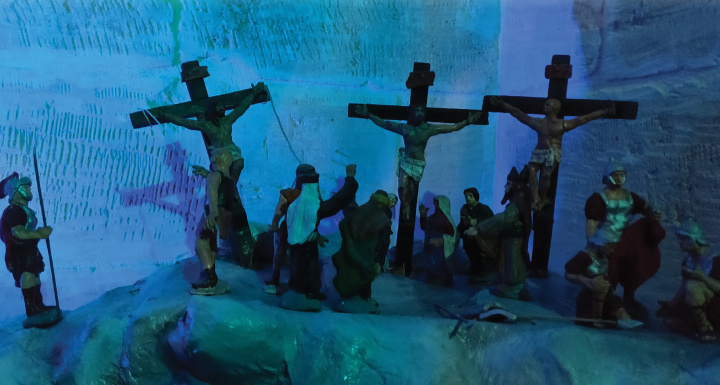 Golgotha display with episodes in the Way of the Cross at Il-Hagar