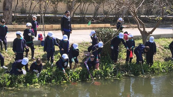 St Francis Primary School's Franciscans are Water Explorer's top team